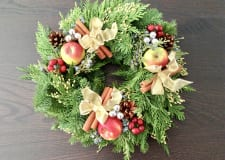 New York Style Christmas Wreath